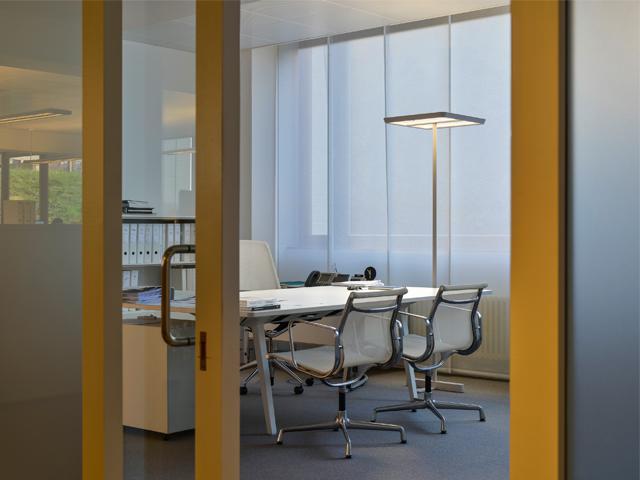 Lichtplanung aus Freiburg für's Büro von Lichtraum