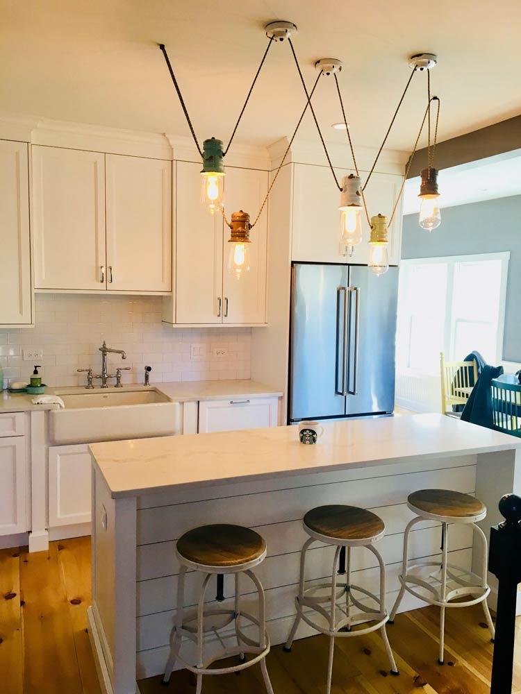 Moderne und stilvolle Lampe für die Küche