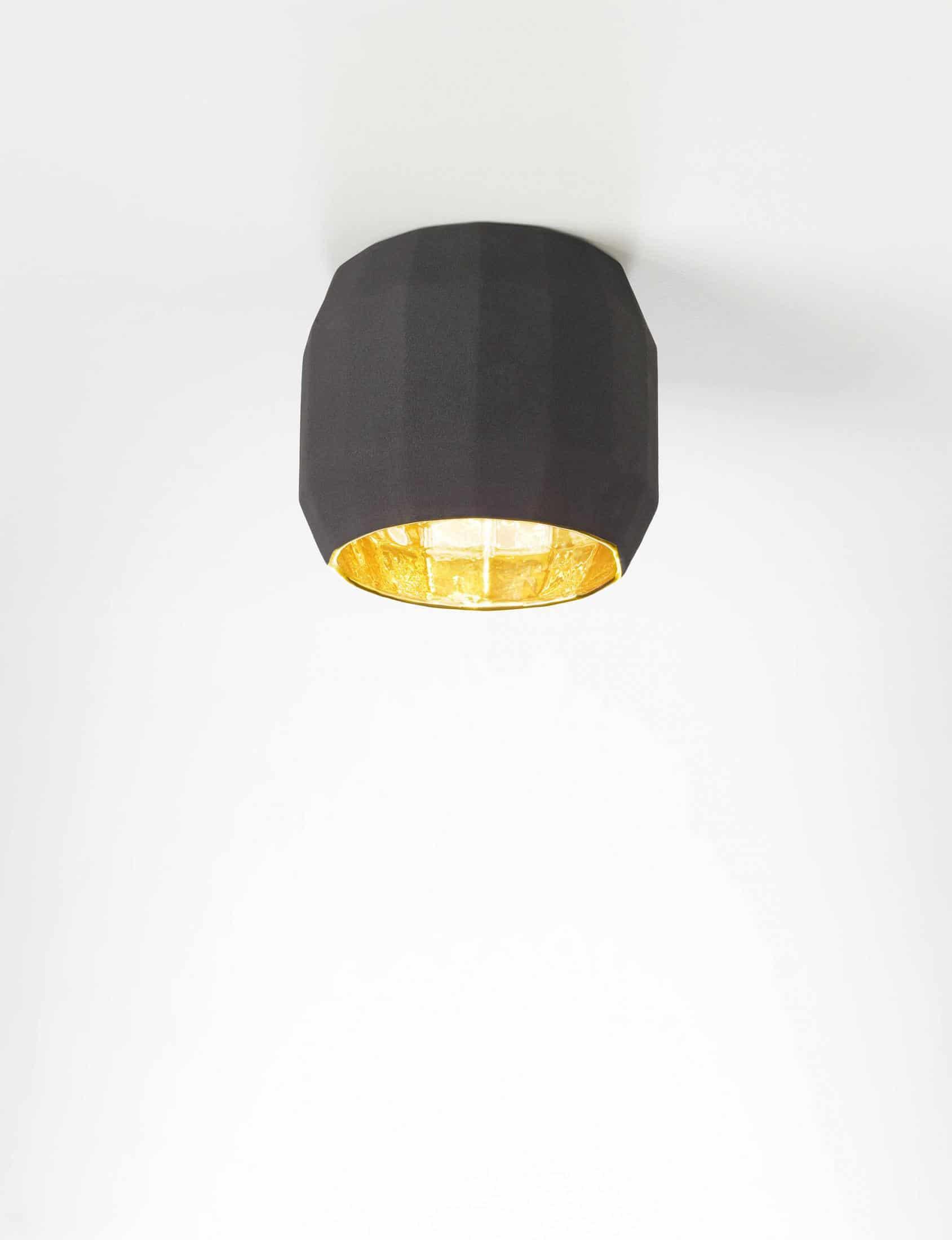 Deckenlampe im Showroom Freiburg von Lichtraum
