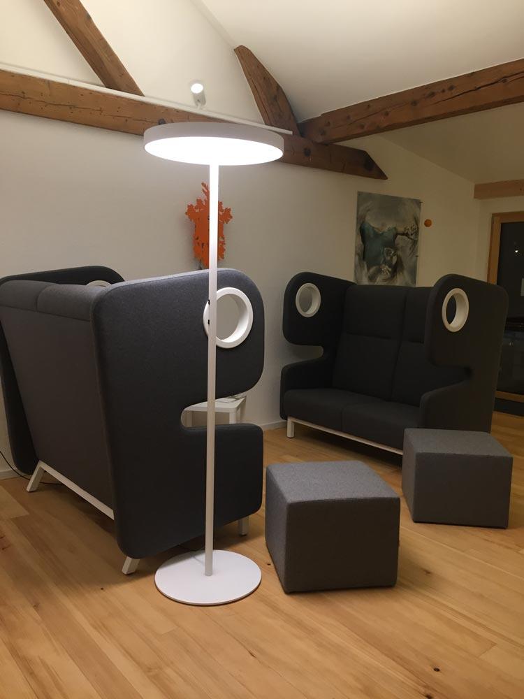 Referenzobjekt Stehlampe im Denkraum in Freiburg - Designerlampen Freiburg