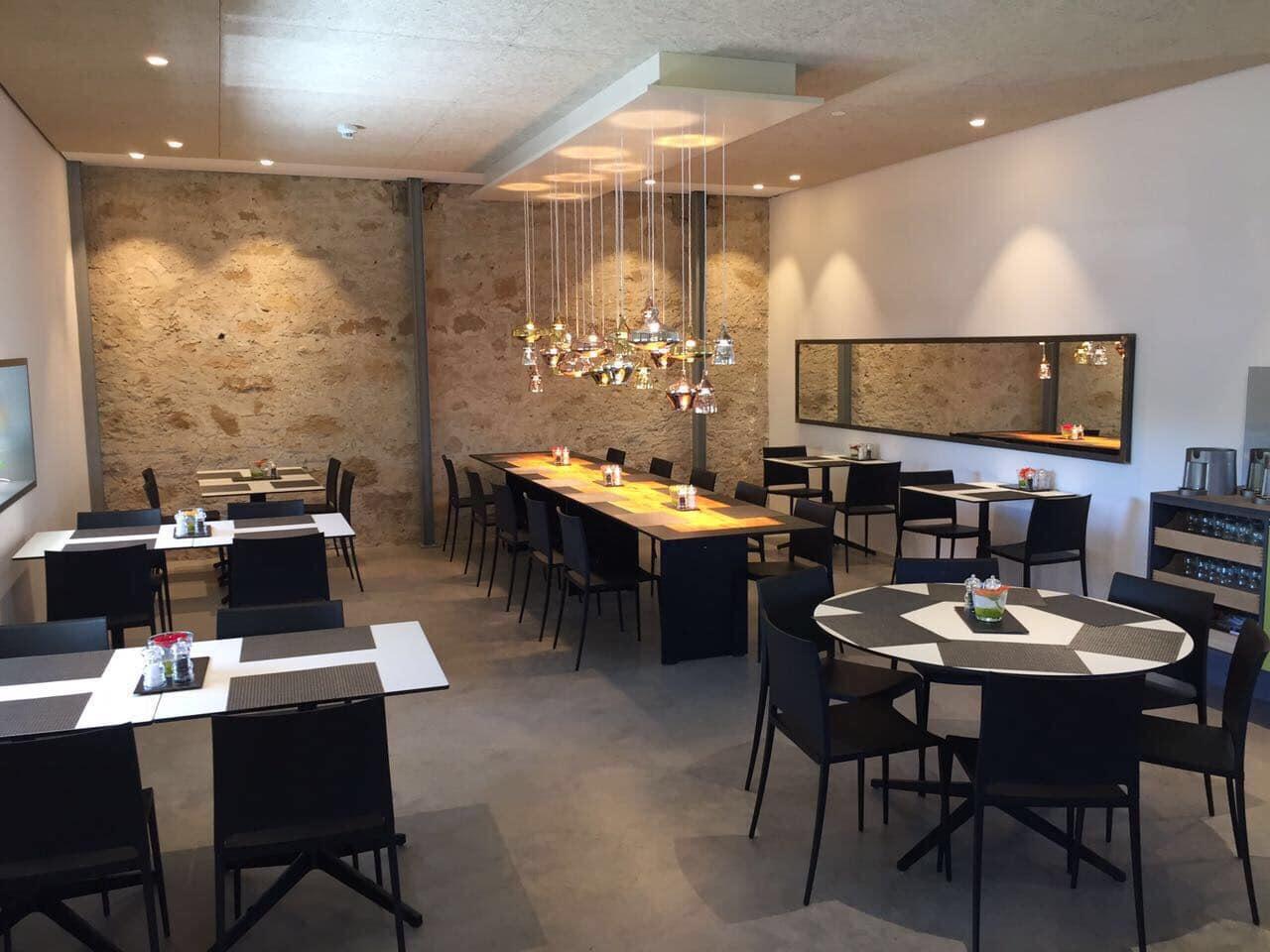 Speisesaal-Beleuchtung im Hotel Bären in Auggen von Lichtraum Freiburg