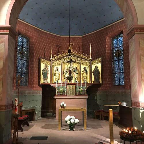 Kirchenbeleuchtung St Arbogast Lichtraum Freiburg
